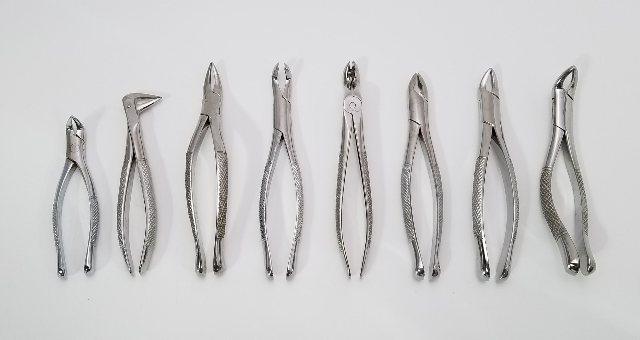 Dental Tooth Extraction Forceps For Upper Lower Roots Set Of 8 1 For Sale Labx Ad 4727293