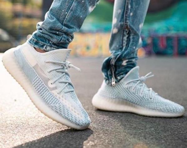 adidas yeezy boost cloud white