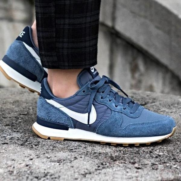 Details about Nike Internationalist Sneakers Diffused Blue Size 6 7 8 9 Womens Shoes New