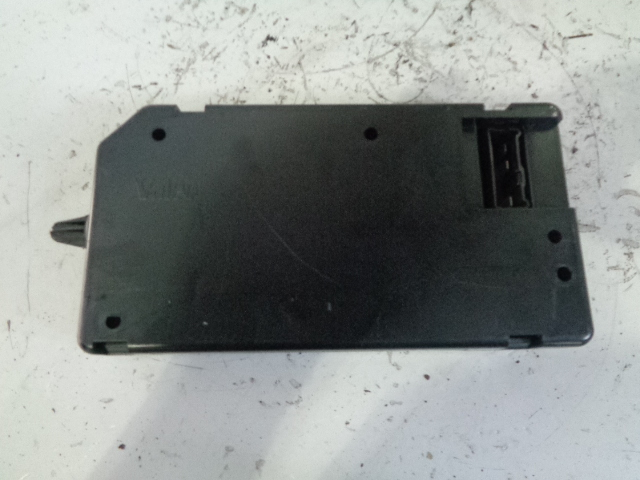 LAND ROVER DISCOVERY 2 TD5 BODY CONTROL UNIT BCU ONLY YWC000310