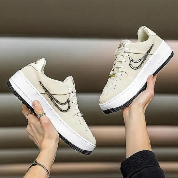 nike wmns air force 1 sage