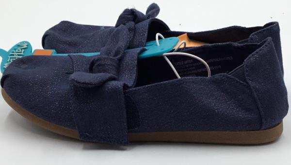 Navy big girls SIZES 13 2 3 5 NEW Mad Love Mittie Slip On Sneakers With Tie Bow