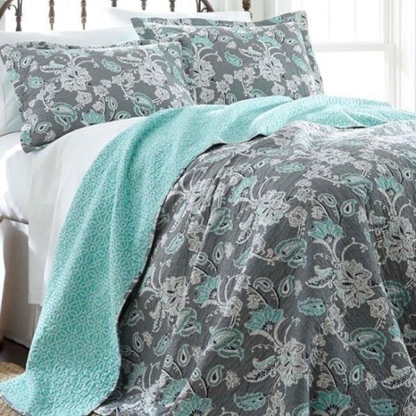 Twin Full Queen King Bed White Green Floral Embroidered 3 pc Quilt Coverlet Set