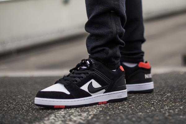NIKE SB AIR FORCE 2 LOW Nike air force 2 sneakers men AO0300 006 black [load planned Shinnyu load in reservation product 818 containing]