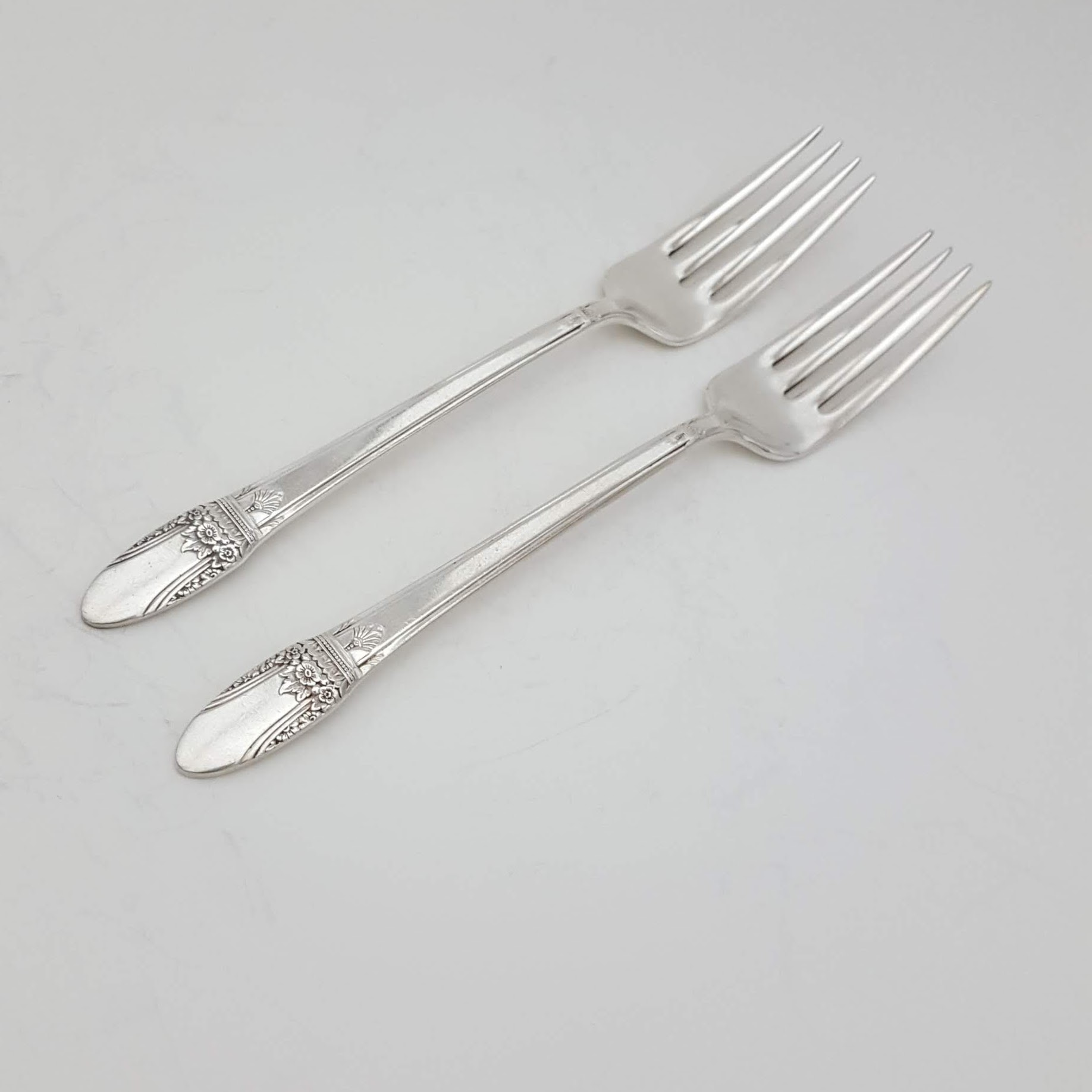 """3 pcs 1847 Rogers Bros IS First Love Dinner Forks Silverplate 7 3//4/"""" Silverware"""