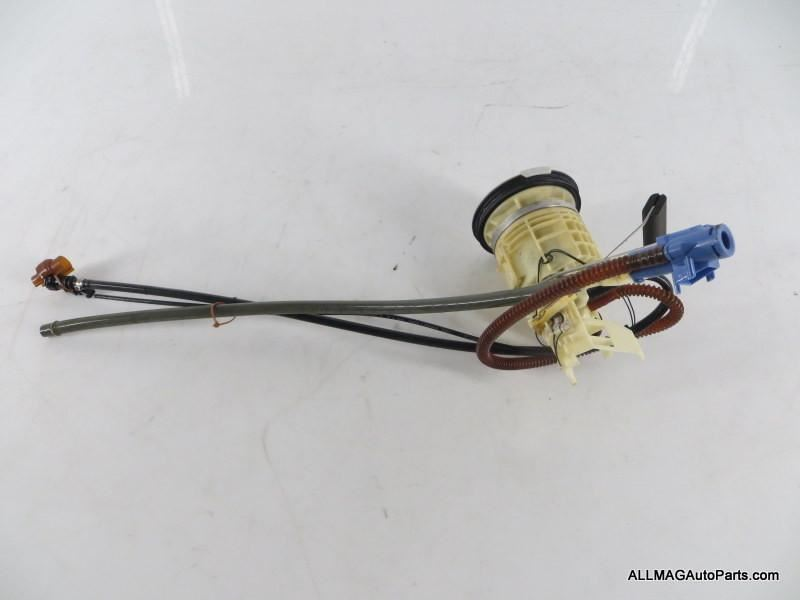 2002-2008 Mini Cooper S Fuel Level Sensor and Filter 16146765124 R52 R53
