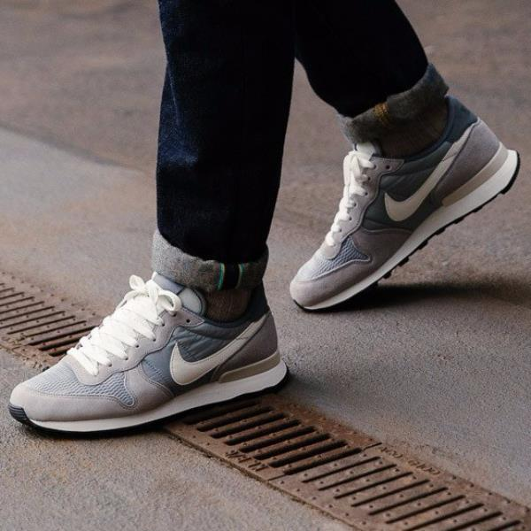 Details about Nike INTERNATIONALIST GREY WHITE Mens Sneaker 828041 015
