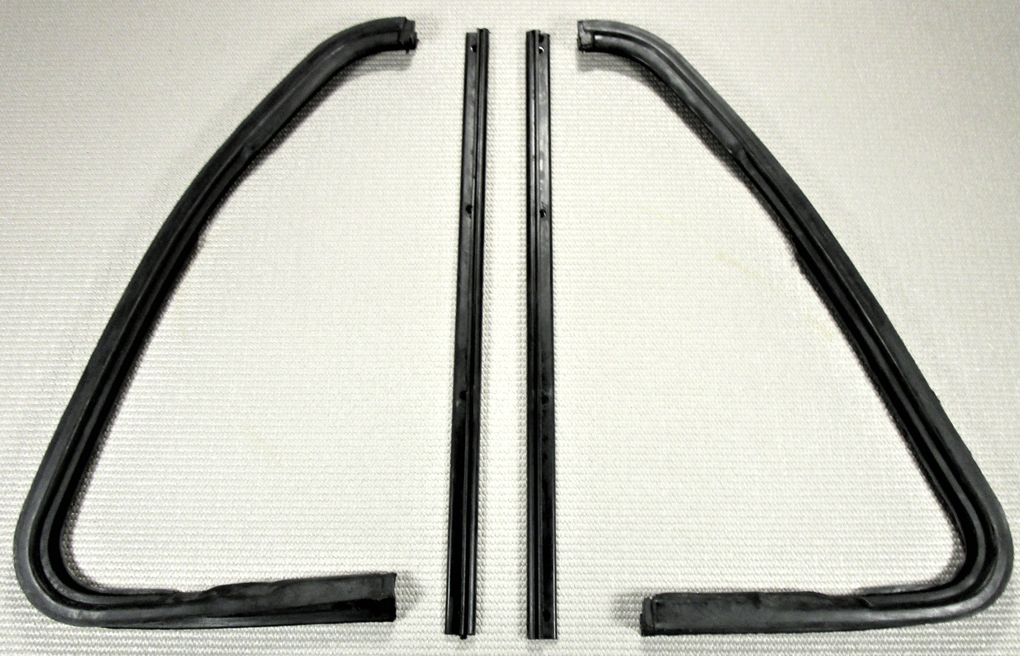 1964 1966 Chevrolet Gmc Pickup Truck Suburban Door Vent Window Rubber Seal Kit Ebay