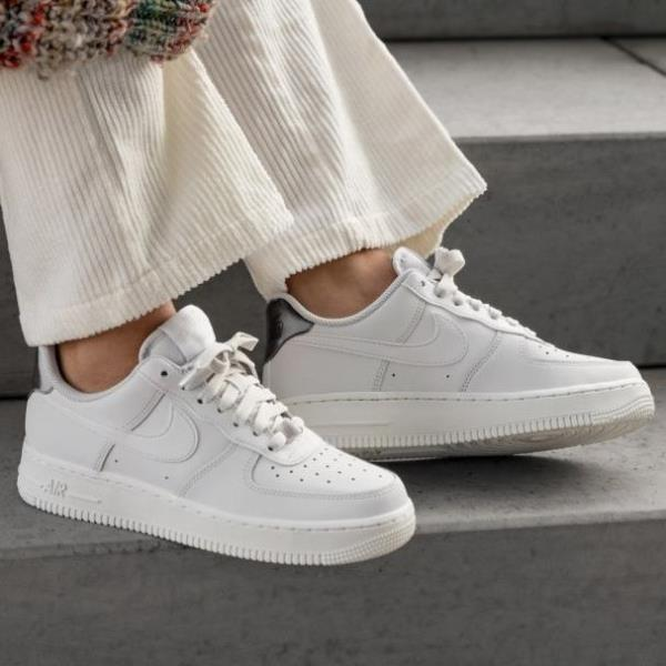 Details about Nike Air Force 1 07 ESS White Size 6 7 8 9 Womens Shoes AO2132 003