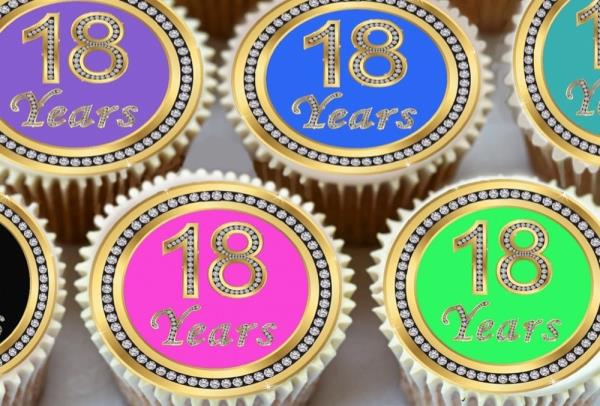 24 X 18TH BIRTHDAY ANNIVERSARY EDIBLE CUPCAKE TOPPERS THICK RICE PAPER 1170