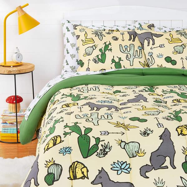 Green Yellow Desert Wolf Cactus 7 Pc, Wolf Bed In A Bag Queen