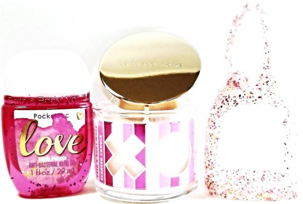 Bath and Body Works 2 Pack Glittery Gold Credit Card /& Pocketback Holder.