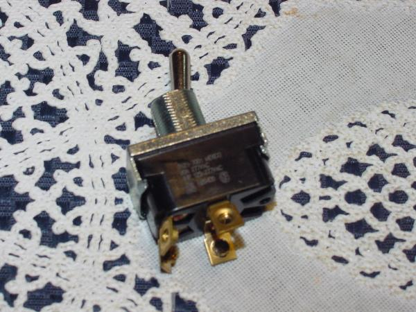 1 Pole 6 Leads with On-Off Plate and Boot Morris Products SPST 6 Leads with On-Off Plate and Boot Morris 70073 Heavy Duty Toggle Switch